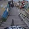 Kakva vratolomna vožnja biciklom kroz favelu (sirotinjsko naselje) u Brazilu! (VIDEO)