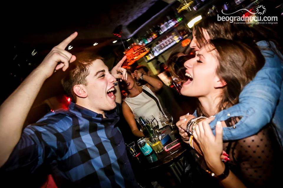 klub Lava Bar