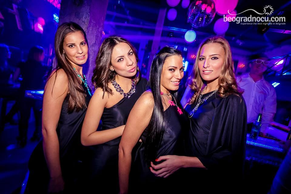 klub Fabrika