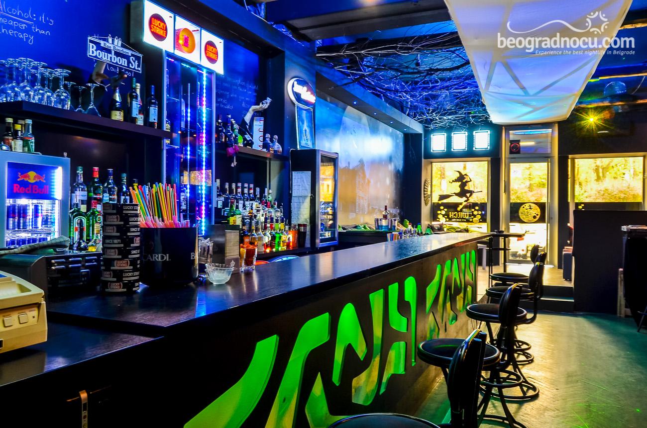 kafe Witch Bar