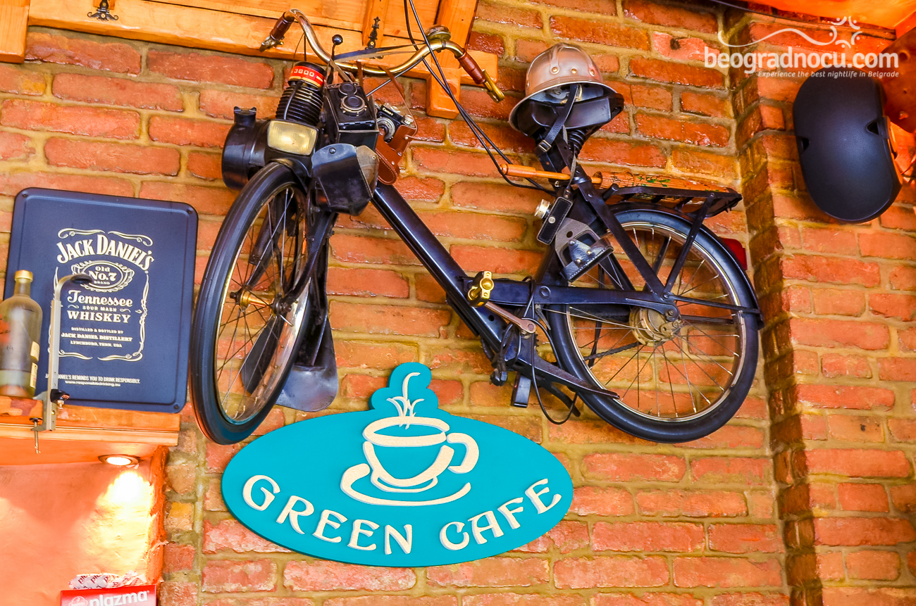 bar Green Cafe
