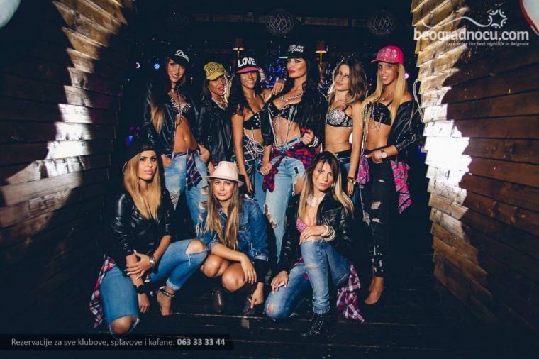 Splav Shake N Shake Beograd - Devojke