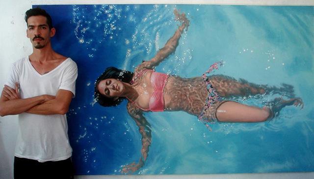 žena u bazenu
