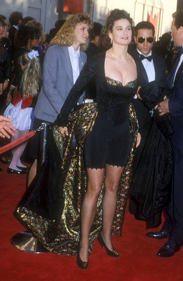 OSCAR-worst-dresses-Demi-Moore-1989