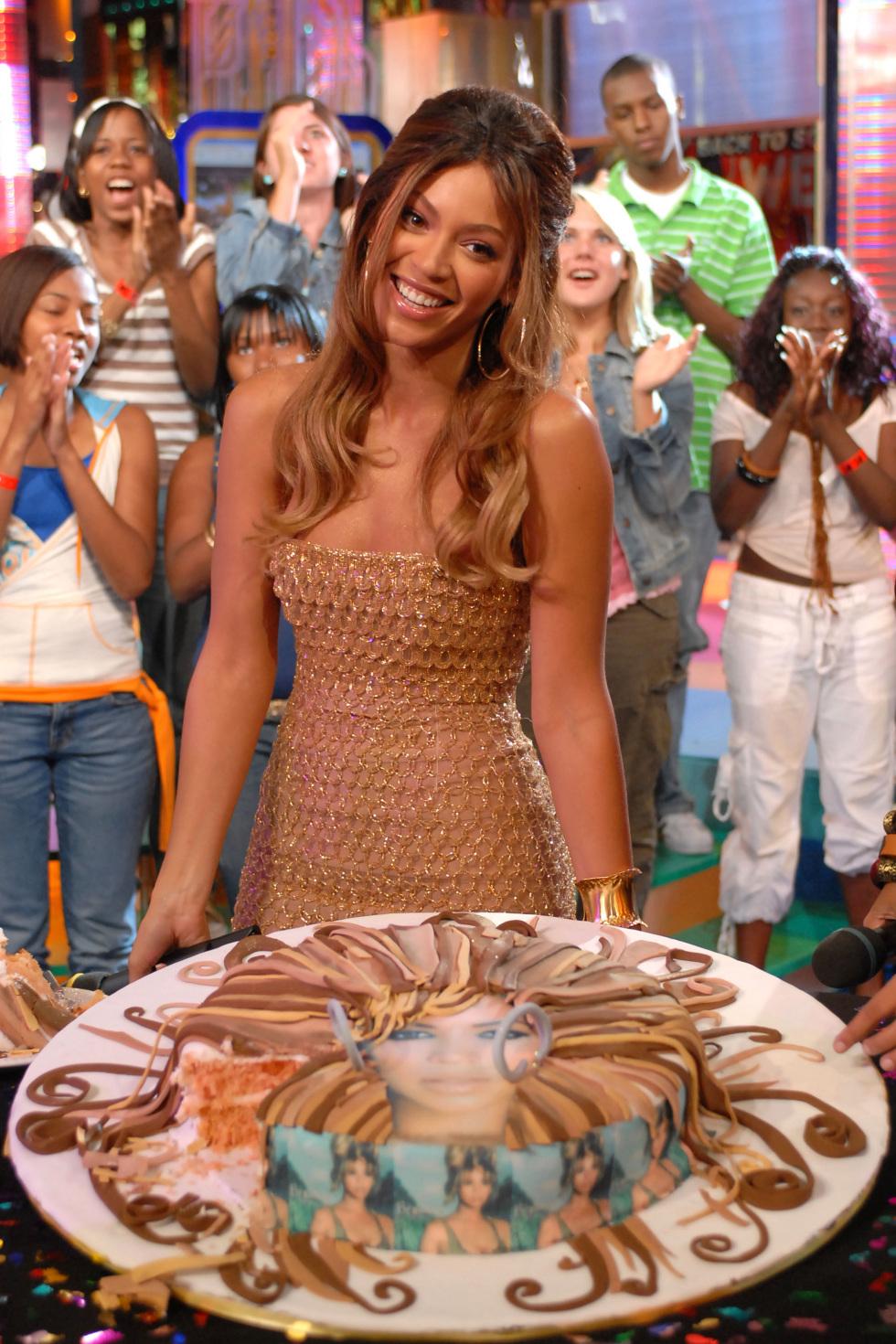 """Beyonce Knowles Visits MTV TRL's """"Back to School Week"""" - September 5, 2006"""