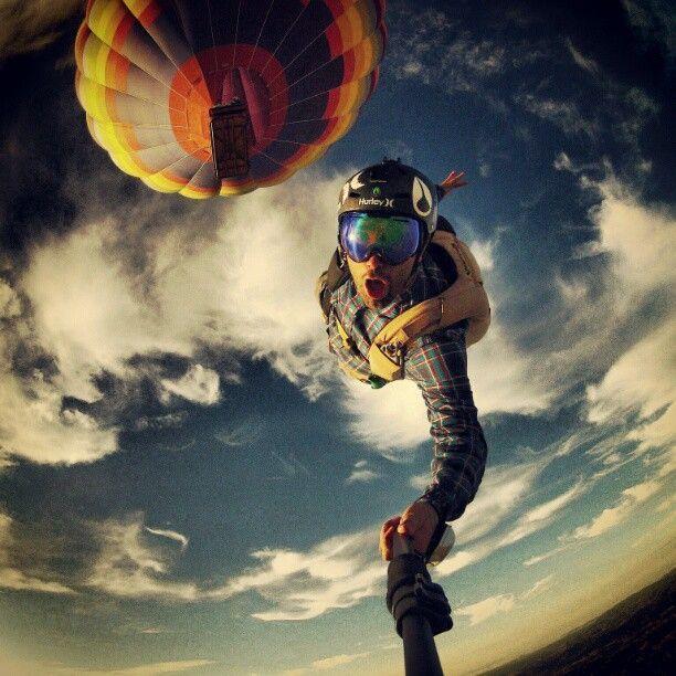 Selfie iskakanja iz balona