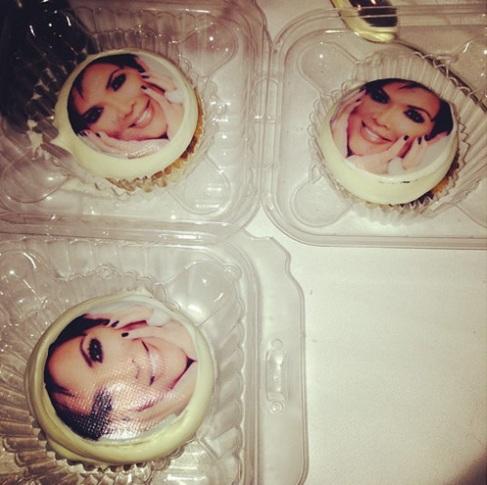 kris jenner cake