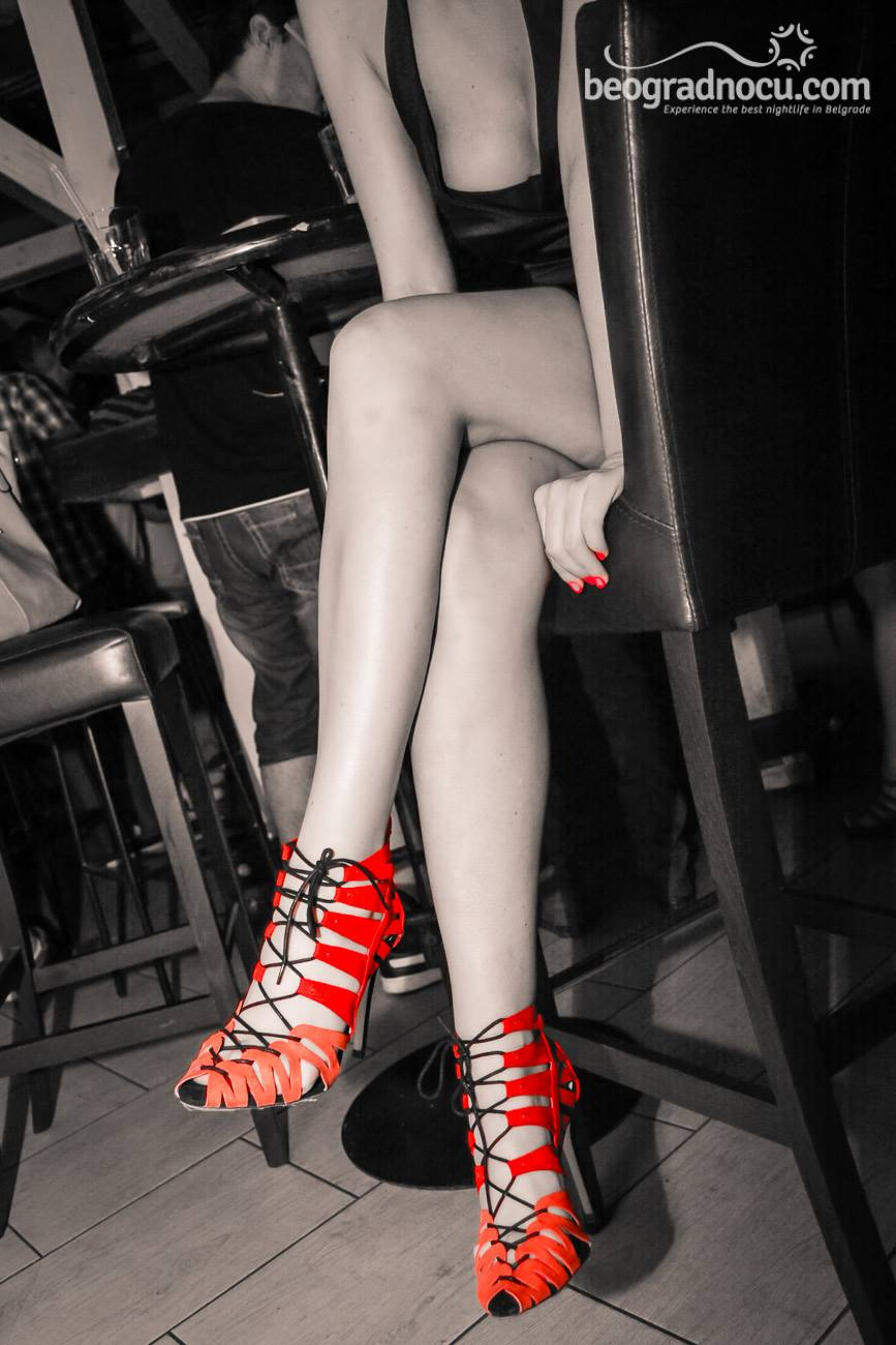 red shoes (1)