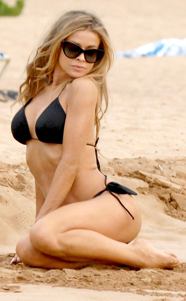 rs_634x1024-131006113911-634.Carmen-Electra-Bikini.jl.100613_copy