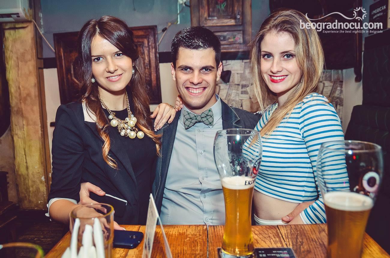 bar Coyote Bar
