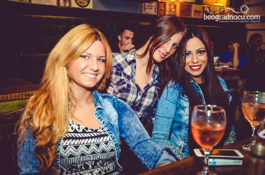 coyote bar (2)