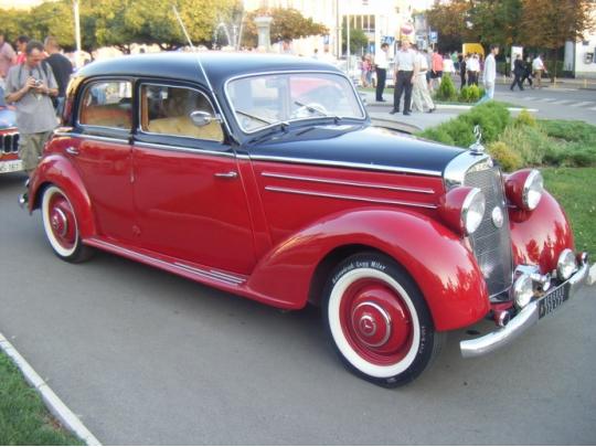 rent-a-car-mercedes-170sd