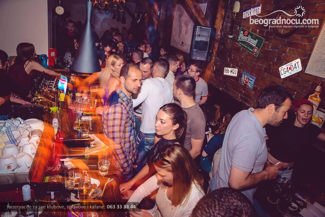 bar Pub 23
