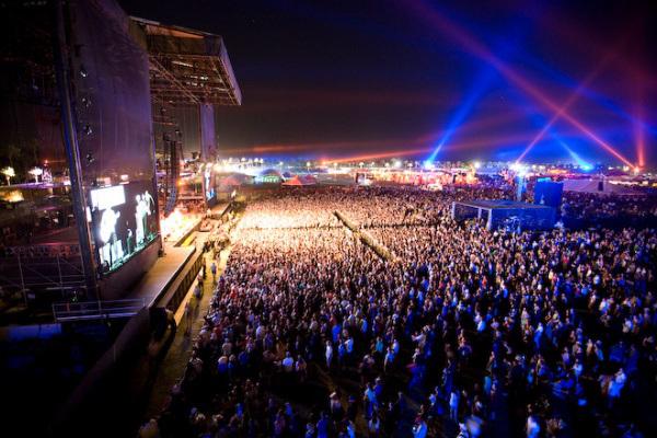Foam-Fest-Main-Stage