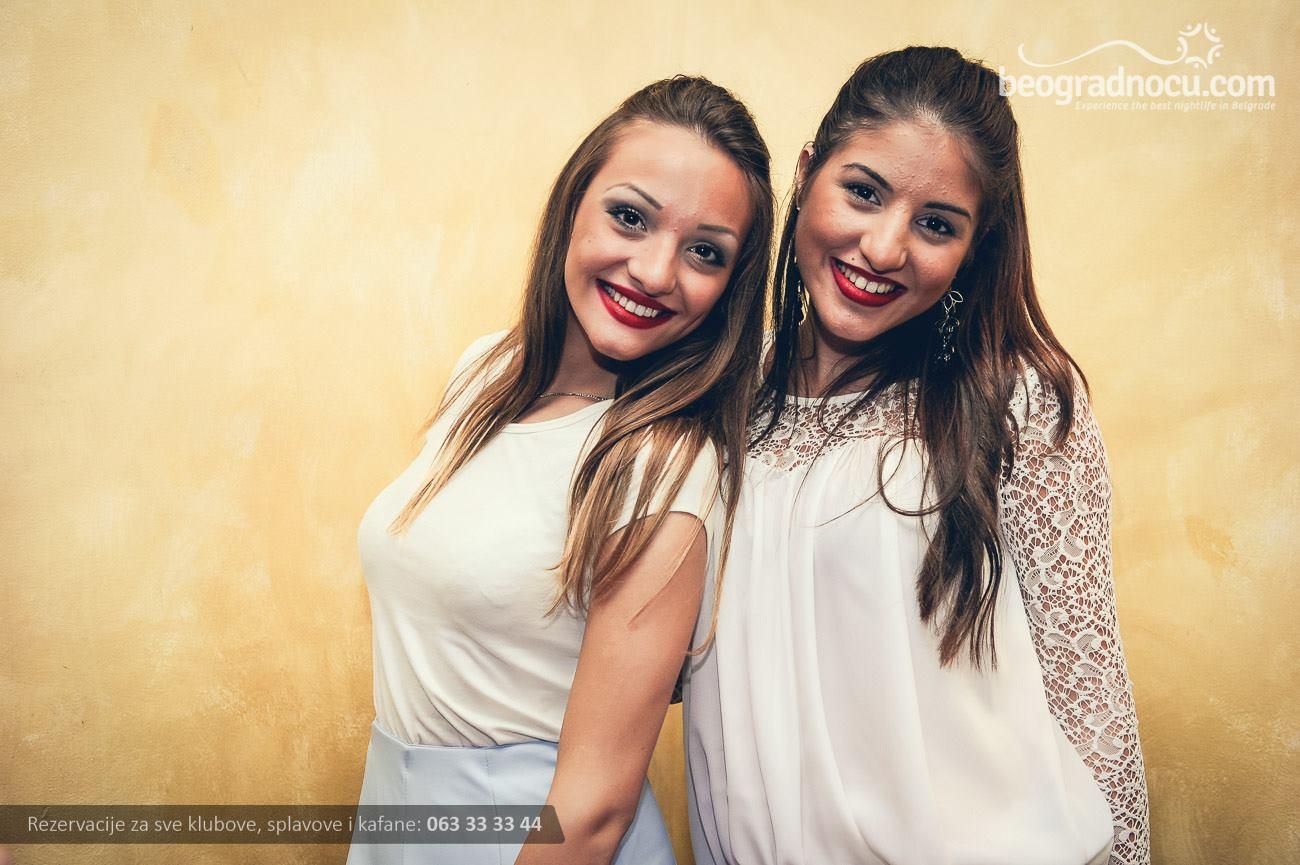 kafana-tri-promila-devojke