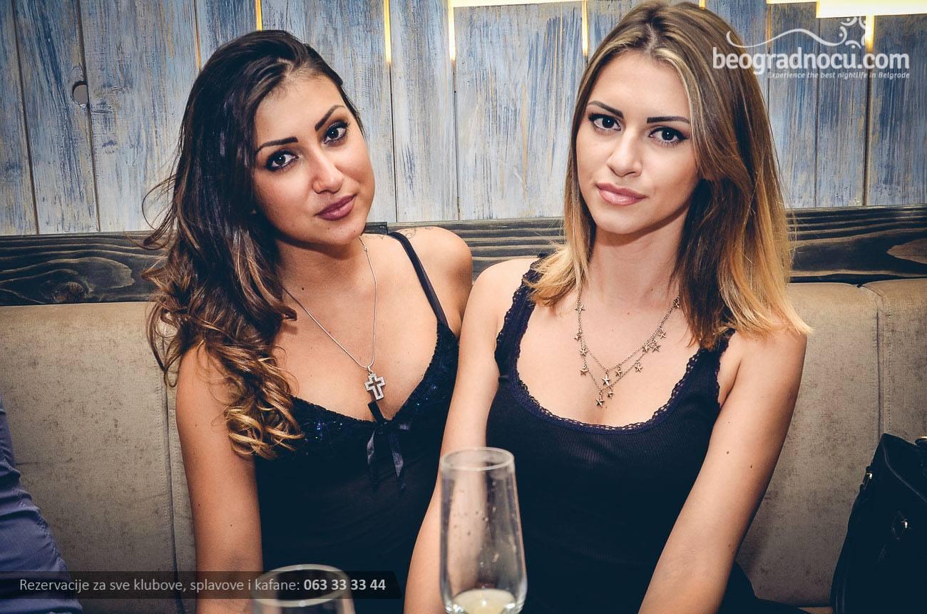 restoran-cache-devojke