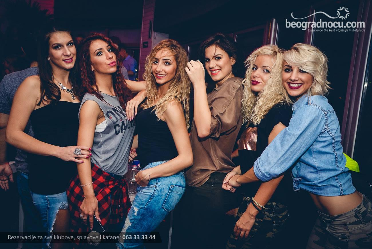 splav-club-94-devojke
