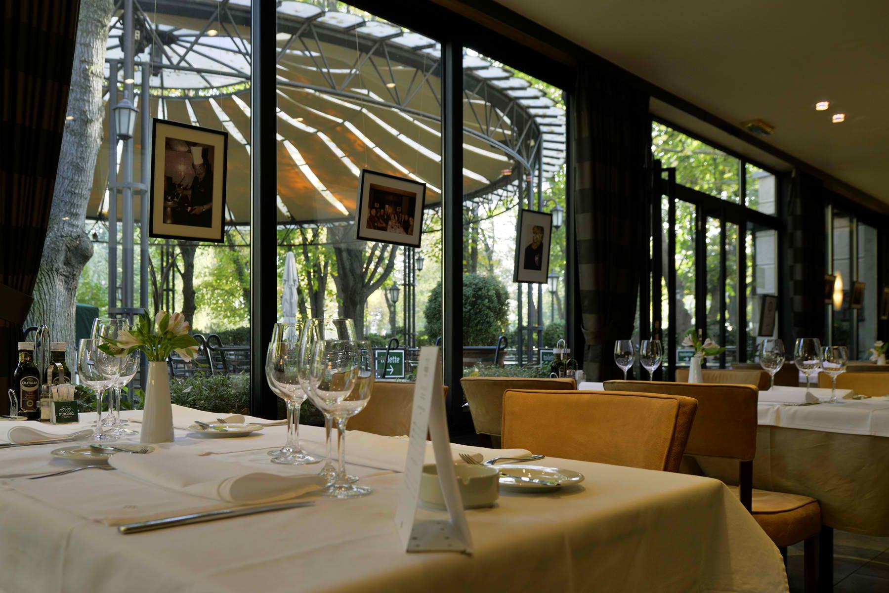 Restoran-Madera-pogled-ka-basti