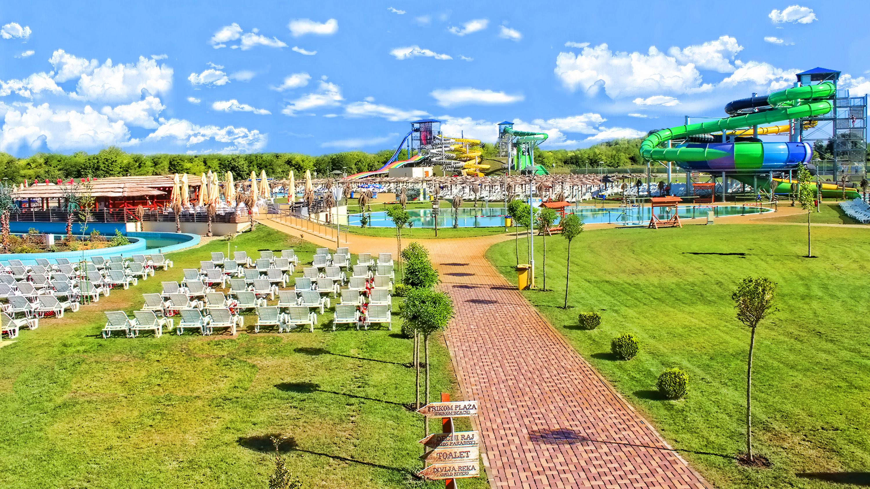Aqua Park Panorama 01