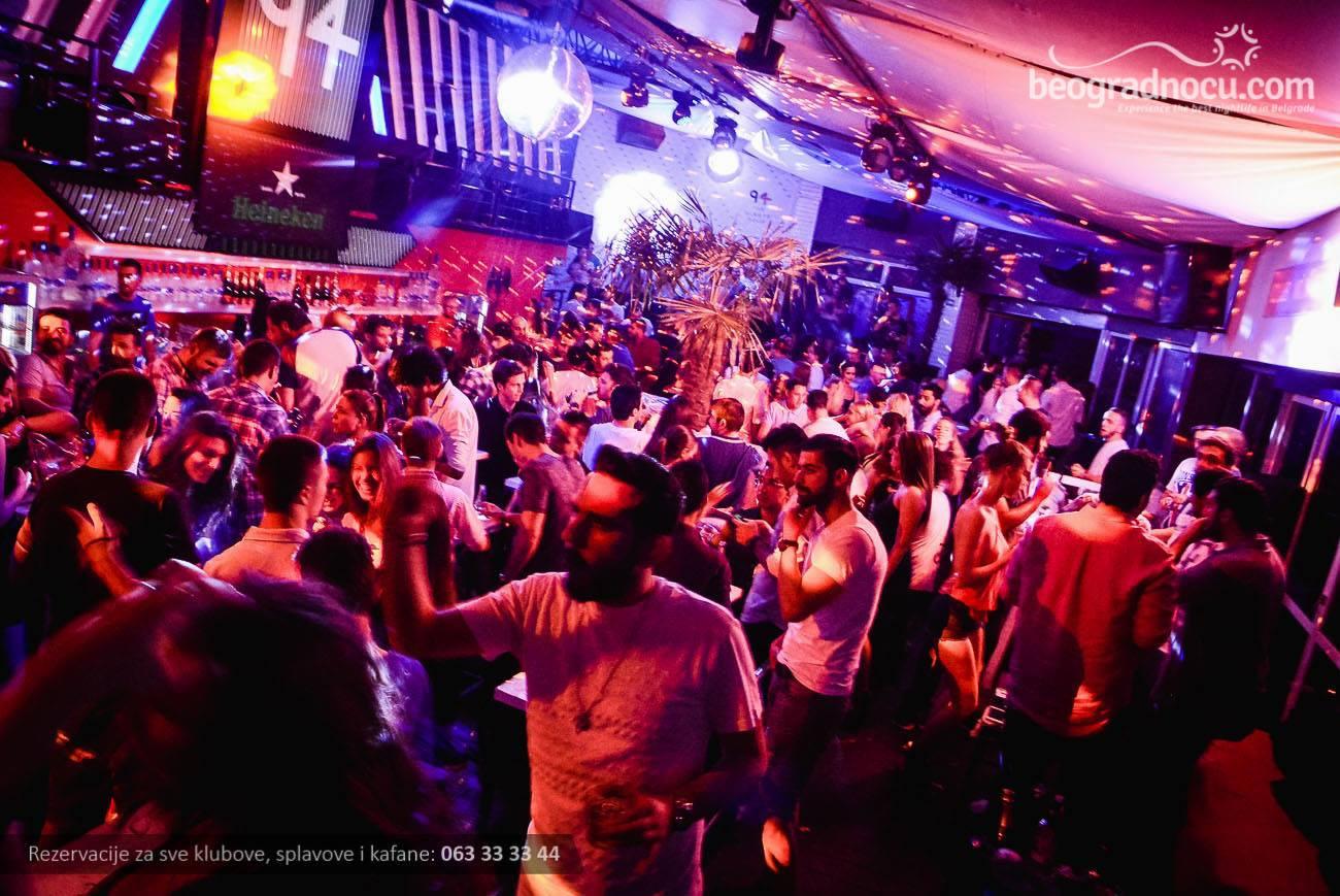 Club 94 - masa - 13