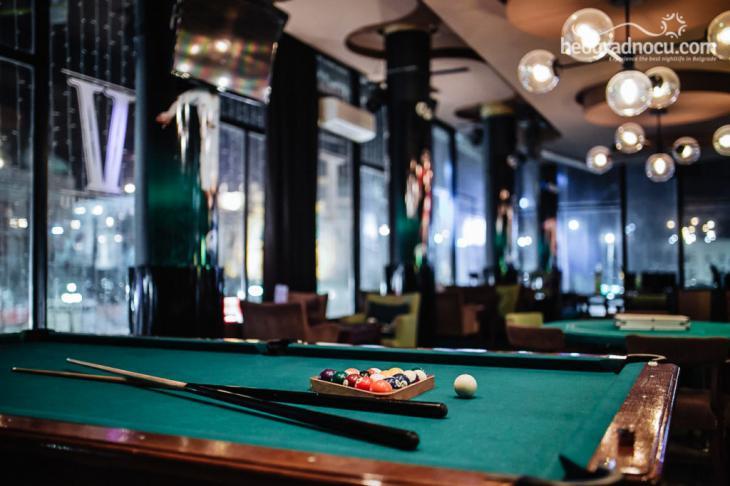 Square Five Bar - Bilijar