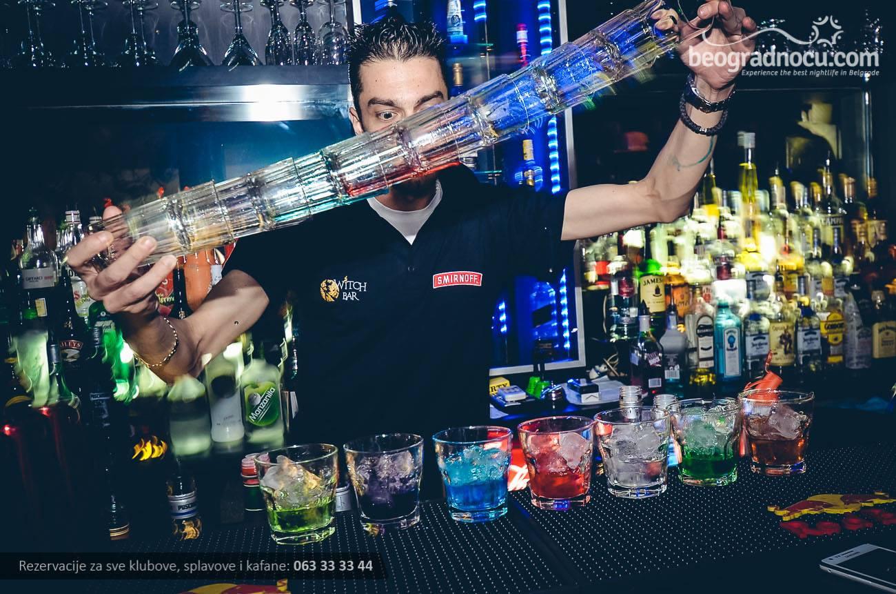 witch-bar-barmen