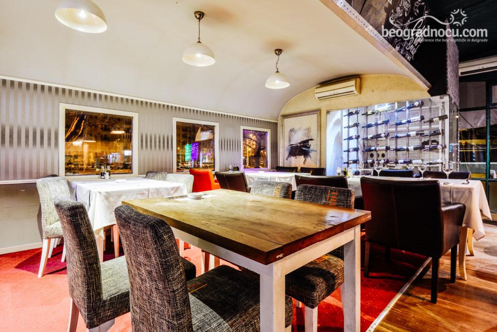 restoran-vagon-victoria-gastro-station-enterijer4