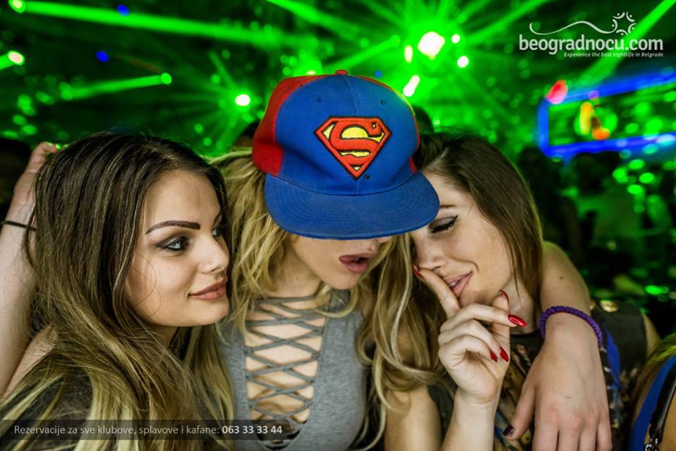 kiss girls 2