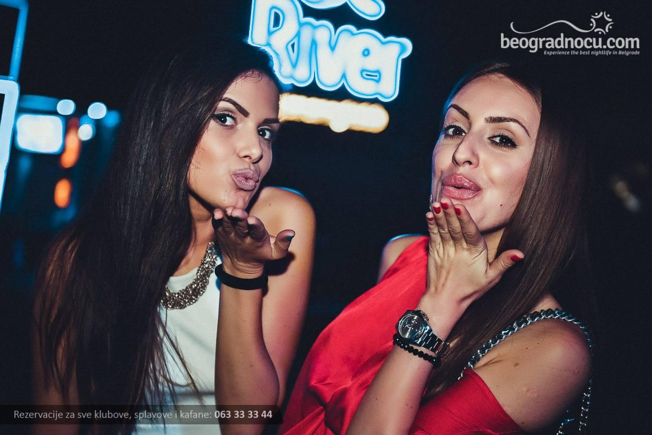 devojke-river