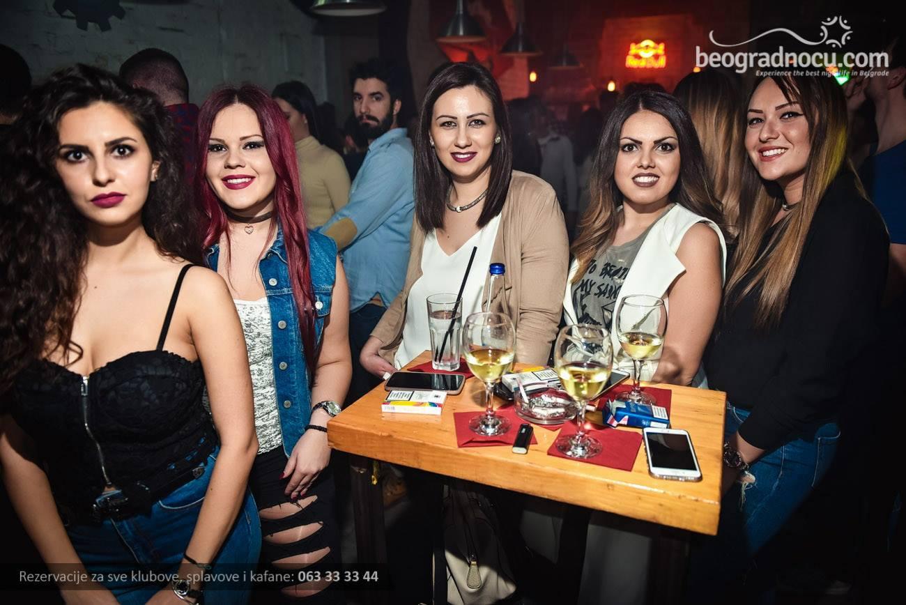 Industrija-devojke-1aa