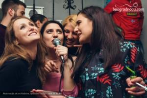 Večeras raspevane Karaoke u kafani Mala Maca – dobra atmosfera i fenomenalan provod!