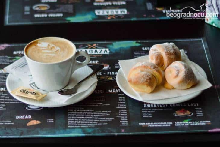 kafa u restoranu magaza