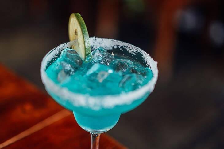 Koktel plava laguna