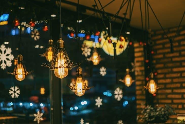 Novogodisnja dekoracija restorana