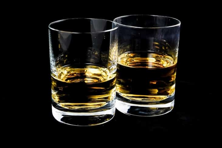 Dve čašice medovače