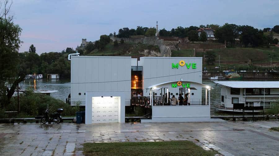 Splav Move restoran Beograd spolja