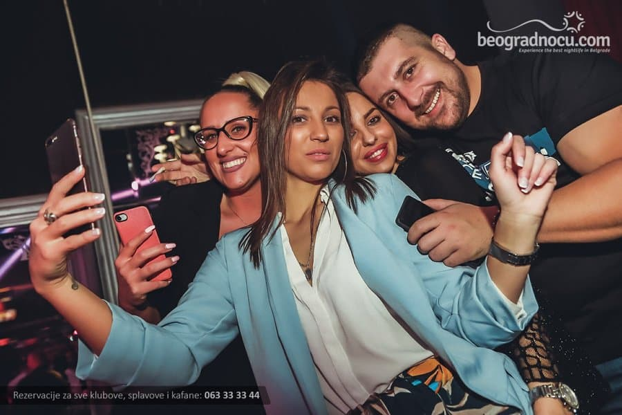 Splav Na Vodi Kafana Beograd