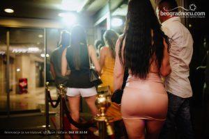 Striptiz klub